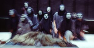 The female chorus in Peter Hall's 1981 production of THE ORESTEIA at the National Theatre, London ©Donald Cooper/Photostage
