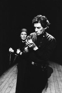 Judi Dench and Ian McKellen in Trevor Nunn's 1976 RSC production of MACBETH in Stratford-upon-Avon ©Donald Cooper/Photostage