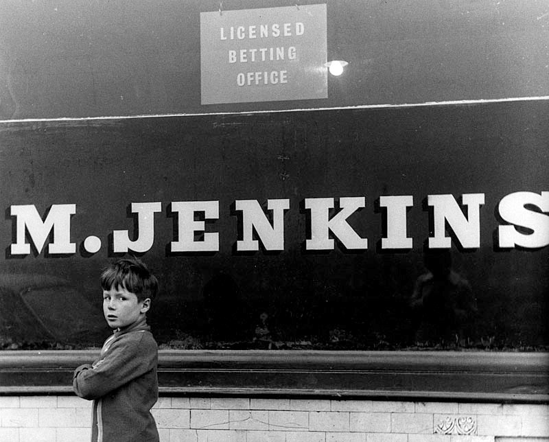 © Estate of Shirley Baker / Mary Evans Picture Library