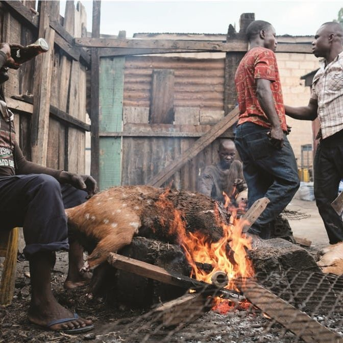 Published on mosaicscience.com / Nyani Quarmyne / Panos Pictures 2016 Inside Ghana's biggest bushmeat market.